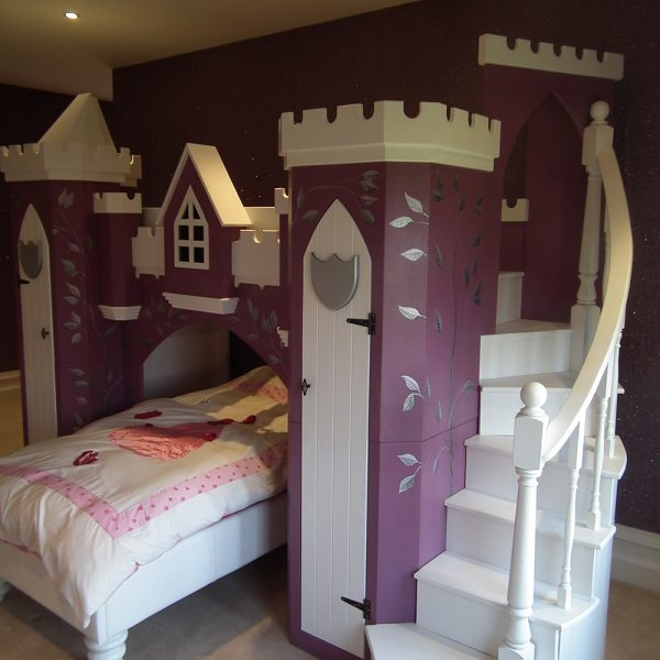Fairytale castle bed